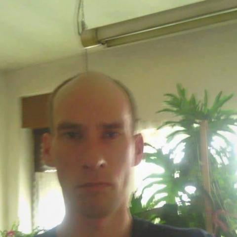 János, 44 éves társkereső férfi - Szabadka