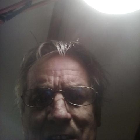 Imre, 80 éves társkereső férfi - Hódmezővásárhely