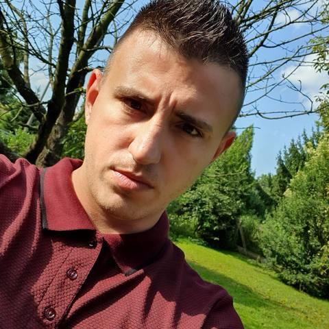Róbert, 29 éves társkereső férfi - Nyíregyháza