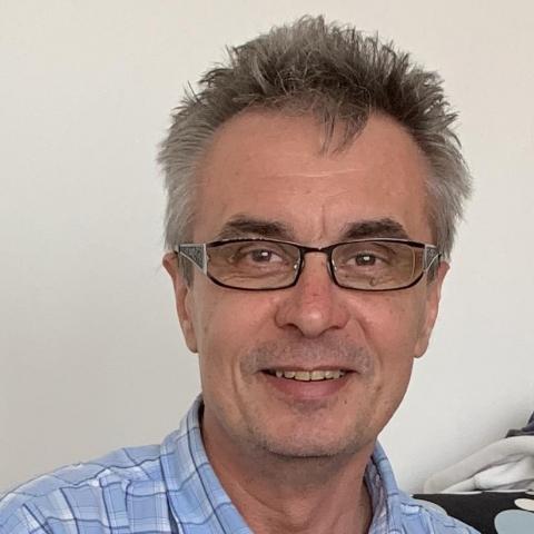 Attila, 53 éves társkereső férfi - Budapest