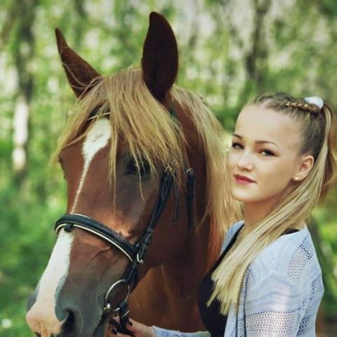 Beáta, 20 éves társkereső nő - Gyula