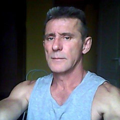 Robert, 54 éves társkereső férfi - Mohács