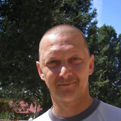 Laci, 49 éves társkereső férfi - Bőny