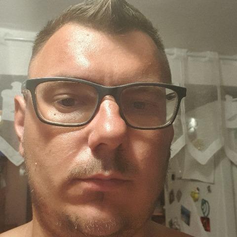 László, 27 éves társkereső férfi - Makó