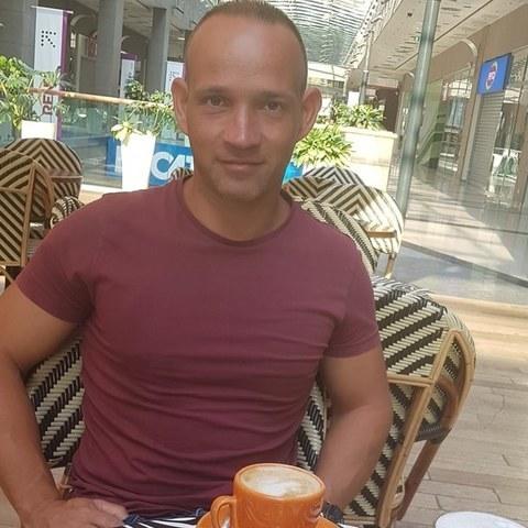 Zsolti, 38 éves társkereső férfi - Dunaföldvár