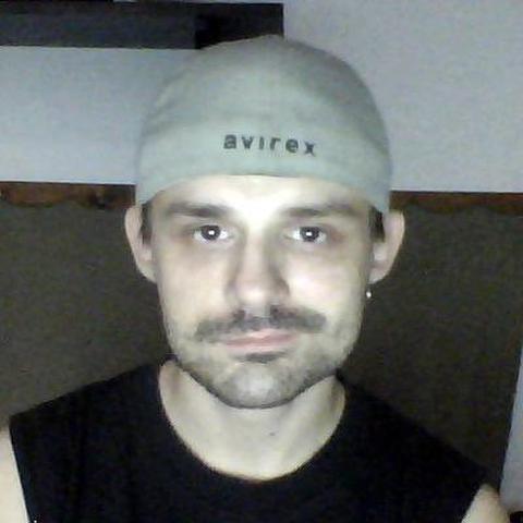 Zoli, 35 éves társkereső férfi - Karcag