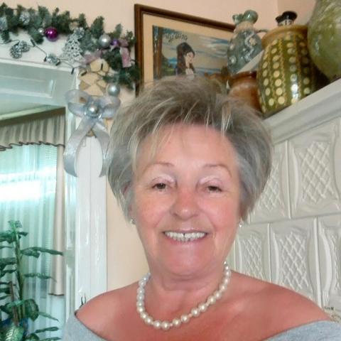 Klári, 60 éves társkereső nő - Orosháza