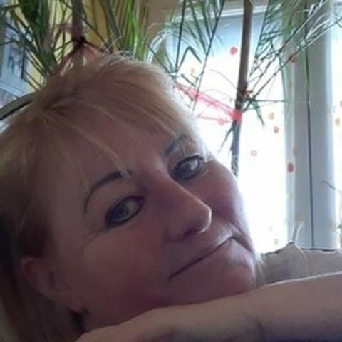 Angi, 46 éves társkereső nő - Berettyóújfalu