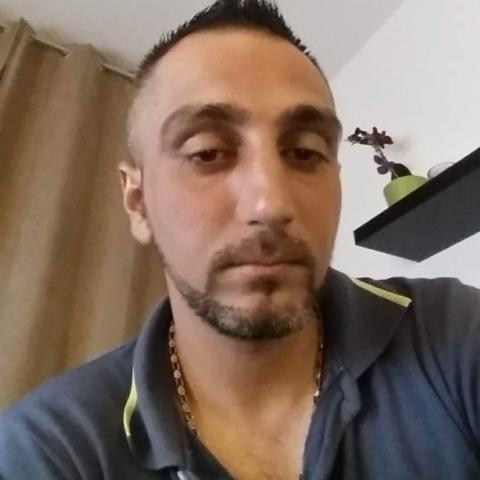Laci, 34 éves társkereső férfi - Tolna