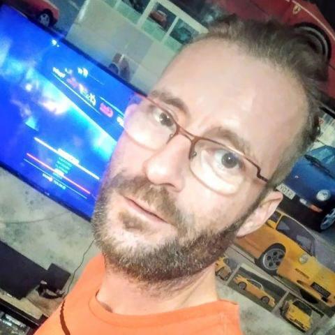 Péter, 42 éves társkereső férfi - Újszentiván