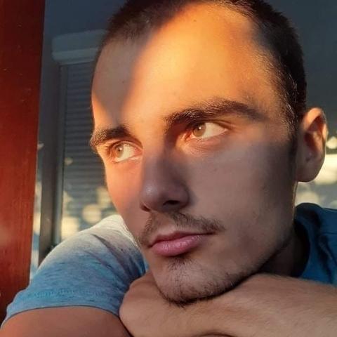 Koppány, 20 éves társkereső férfi - Algyő