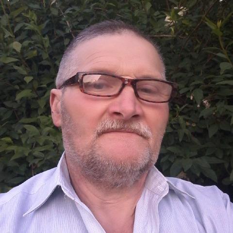 Mihaly, 52 éves társkereső férfi - Dunaújváros