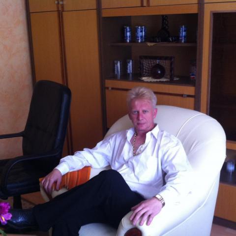 Gábor, 50 éves társkereső férfi - Tar