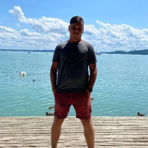 Attila, 25 éves társkereső férfi - Budapest