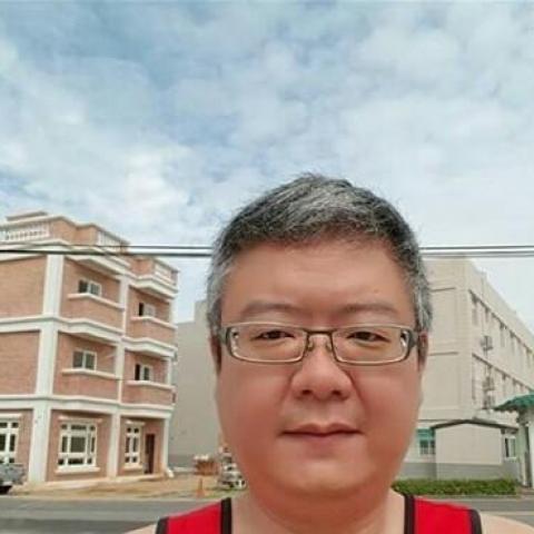Henry, 56 éves társkereső férfi -