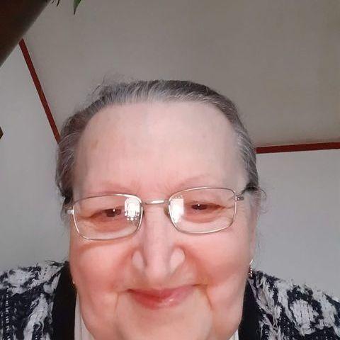 Erzsébet, 69 éves társkereső nő - Nyíregyháza