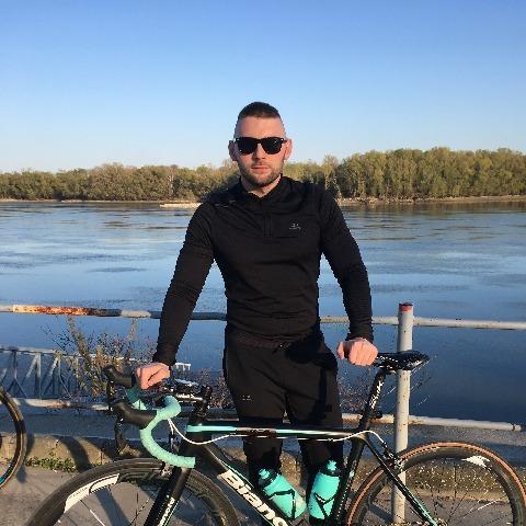 Zoli , 28 éves társkereső férfi - Dunaújváros