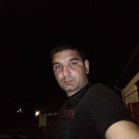 Krisztian, 33 éves társkereső férfi - Tar