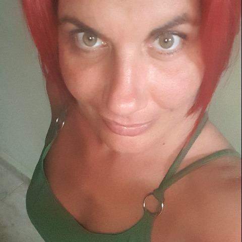 Klaudia, 40 éves társkereső nő - Eger