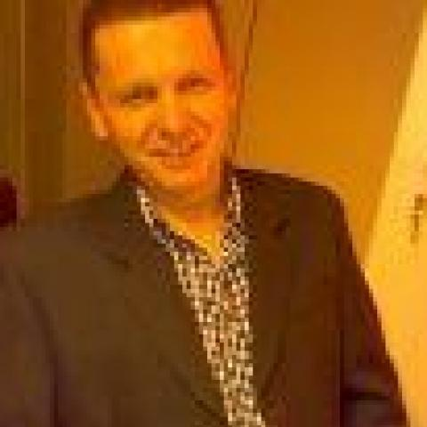 Robi, 43 éves társkereső férfi - Salgótarján