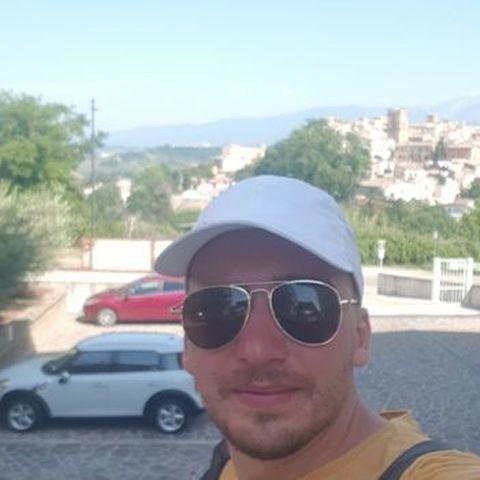 Zsolt, 31 éves társkereső férfi - Gyula