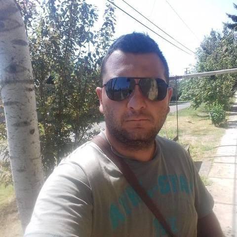 András, 24 éves társkereső férfi - Dombegyház