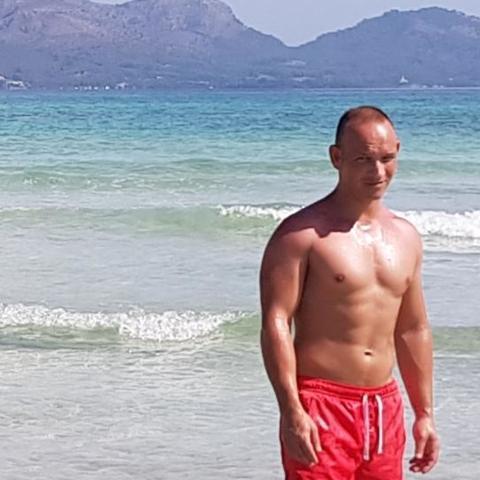 Zsolti, 37 éves társkereső férfi - Csorna