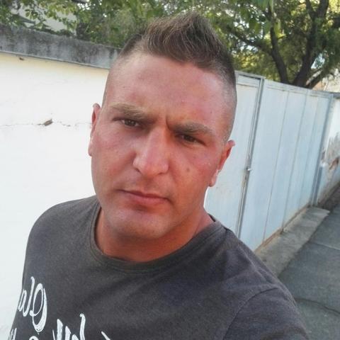 Tibor, 30 éves társkereső férfi - Hajdúhadház