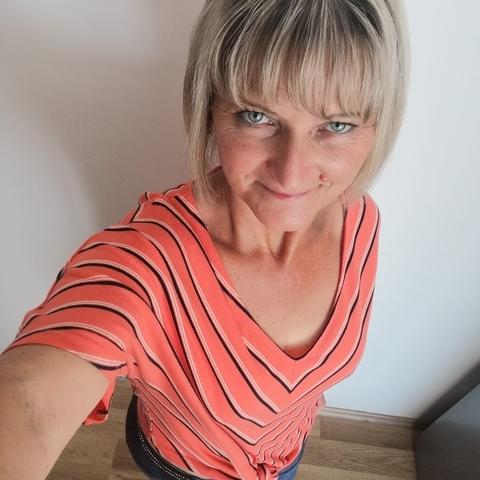 Marianna, 49 éves társkereső nő - Érd