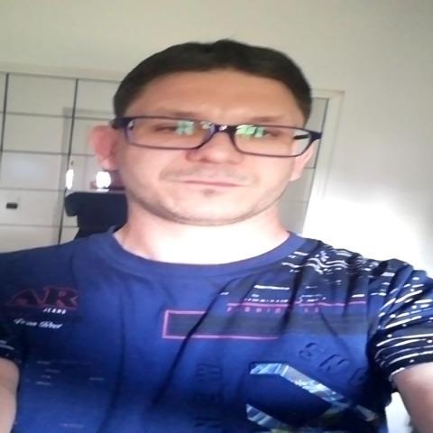János, 31 éves társkereső férfi - Pusztazámor