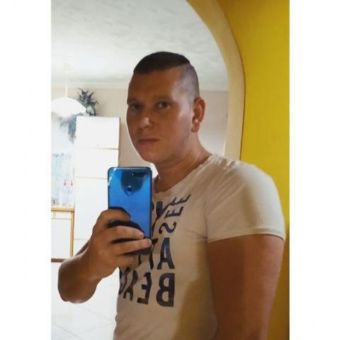 Dávid, 26 éves társkereső férfi - Érsekvadkert