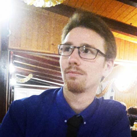 Bence, 24 éves társkereső férfi - Kisrákos
