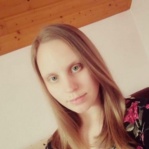 Klaudia, 20 éves társkereső nő - Csömör