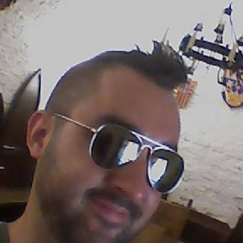 Roli, 33 éves társkereső férfi - Dunaújváros