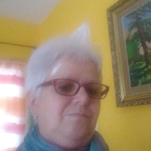 Edit , 65 éves társkereső nő - Kecskemét