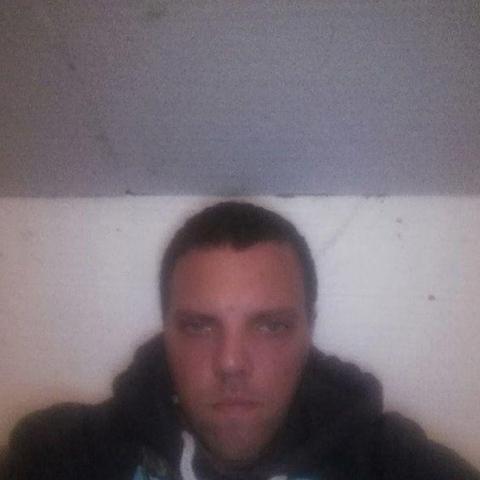Konrád, 29 éves társkereső férfi - Nógrád