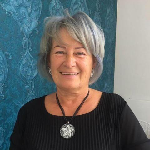 Márta, 64 éves társkereső nő - Zalaegerszeg