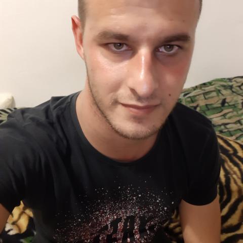 Benji, 27 éves társkereső férfi - Hajdúbagos