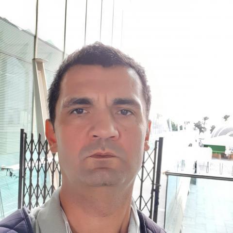 Tomi, 40 éves társkereső férfi - Chur