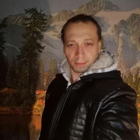 Zoltán , 34 éves társkereső férfi - Monor
