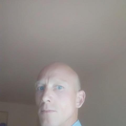Tamás, 38 éves társkereső férfi - Nyíregyháza