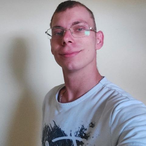Tibi, 27 éves társkereső férfi - Kecskemét