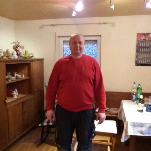 Csaba, 39 éves társkereső férfi - Zalaegerszeg