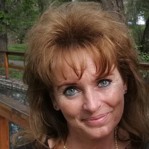 Melinda, 52 éves társkereső nő - Miskolc