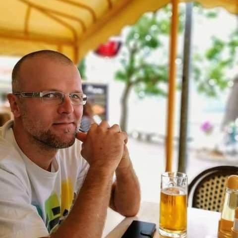 Lackó, 41 éves társkereső férfi - Pécs