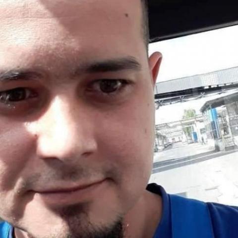 Miklós, 35 éves társkereső férfi - Tiszaújváros