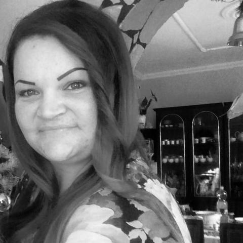 Viktória, 31 éves társkereső nő - Miskolc