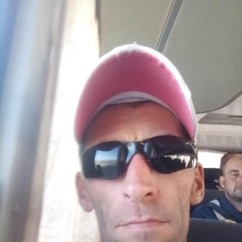 Istvan, 38 éves társkereső férfi - Vilmány