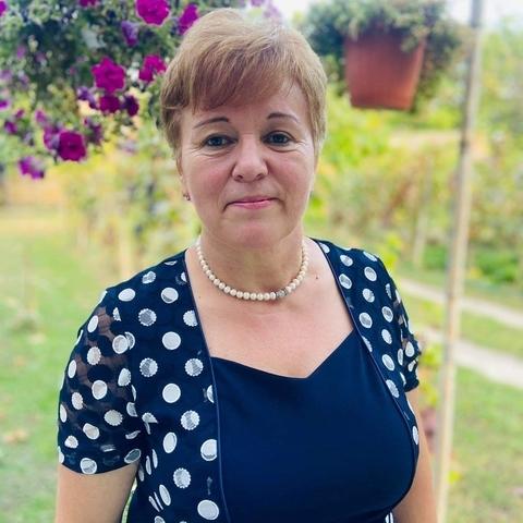 Magdolna, 60 éves társkereső nő - Makó
