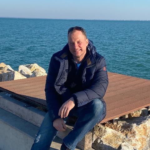 Csaba, 42 éves társkereső férfi - Veszprém